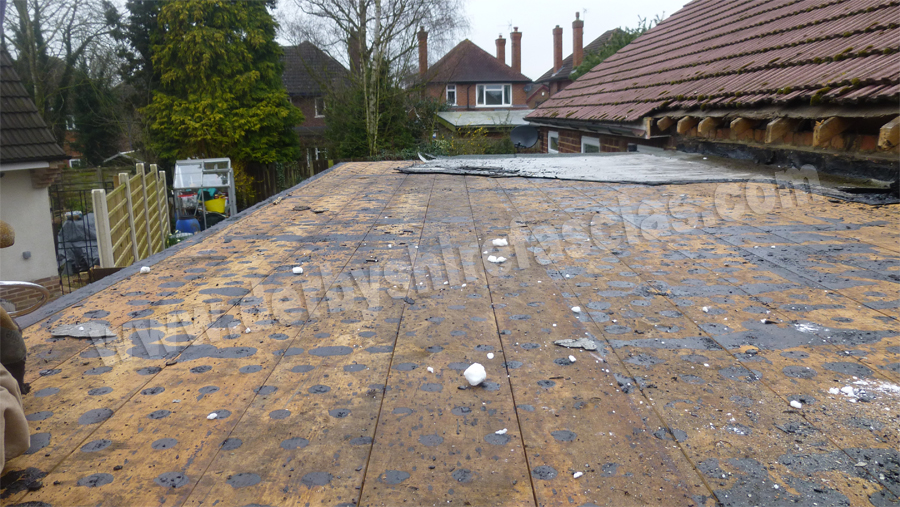 old and tired flat roof