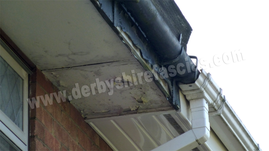 old tired wooden fascias